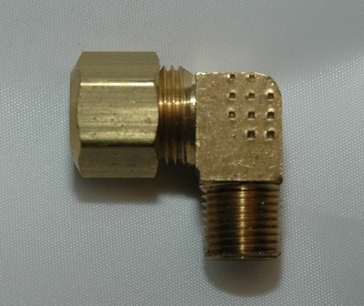 Male Pipe Connector 90 Elbows, Brass