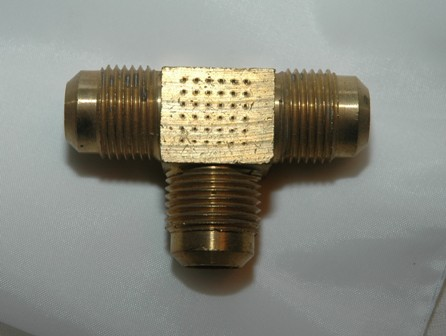 Male SAE Flare Tube Union Tee